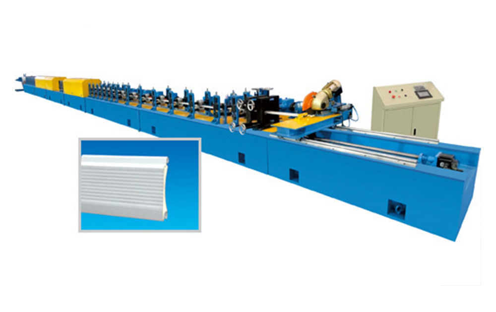 Automatic PU Aluminium Shutter Door Roll Forming Machine For Cold Room